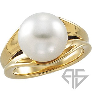 Royal Huge 12mm Paspaley Fine South Sea Cultured Pearl Ring expertly set in 14 karat Yellow Gold for SALE