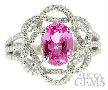 Pink Sapphire and Diamond ring in 18 kt gold - Magnificent Diamond Flower Setting - SOLD